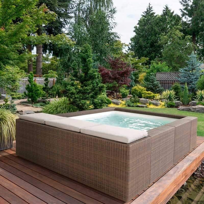 Las piscinas laghetto modelo playa piscinas de dise o for Modelos de piscinas con jacuzzi